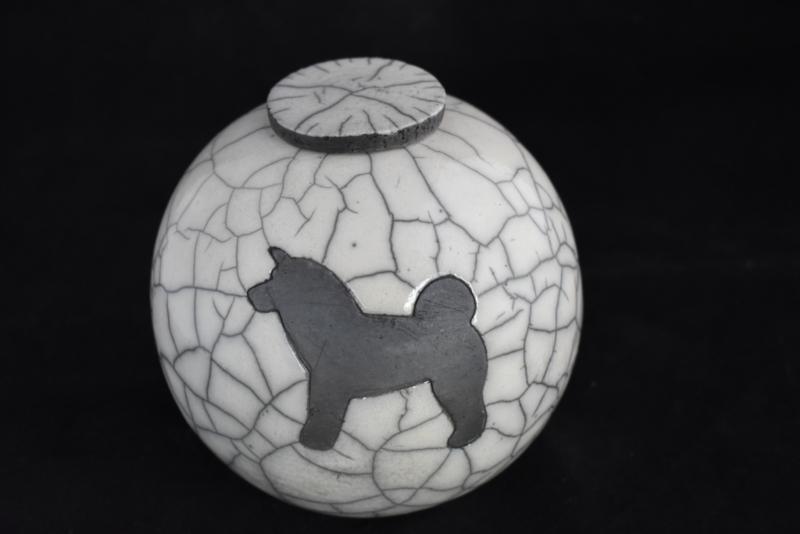 Hondenurn  Akita / Husky