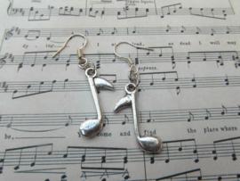 Oorbellen muzieknootje