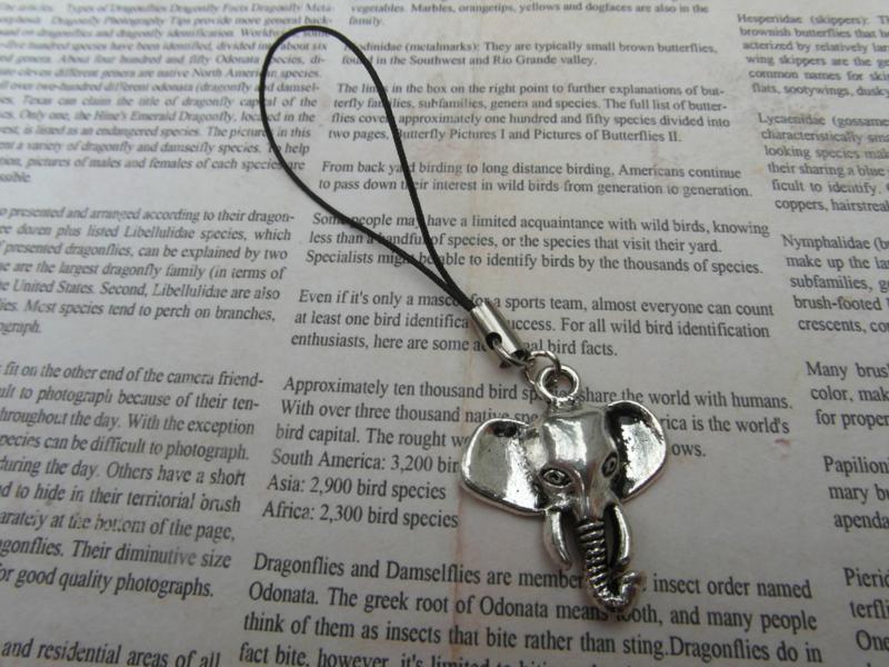 Telefoonhanger olifant