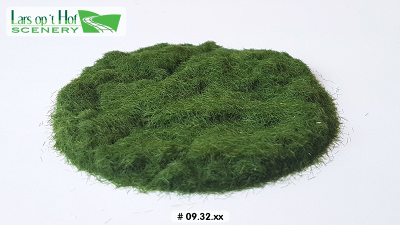 Static grass early summer - short