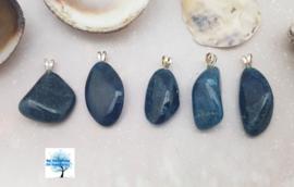 Blauwe apatiet - Hanger zilverenoogje
