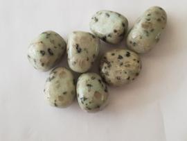 Kiwi Jaspis - Knuffelsteen