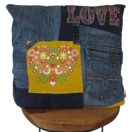 Cushion LOVE denim 45x45 cm