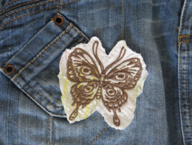 Big shopper 'Butterfly' with many surprising details
