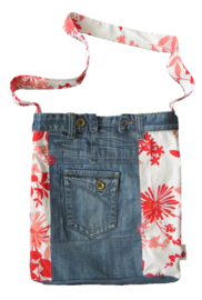 Denim shoulder bag with red and pink flowers