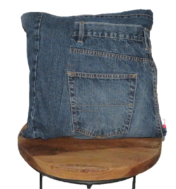 Denim cushion with one big pocket 40x40cm