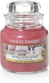 Yankee Candle Medium Jar Home Sweet Home