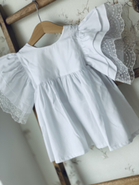Puro mimo   white butterfly blouse