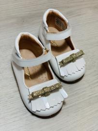 Clary   witte ballerina's met gouden strikje