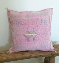 Sabra Silk kussen Pink A -1-