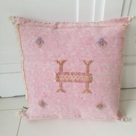 Sabra Silk kussen pink 6