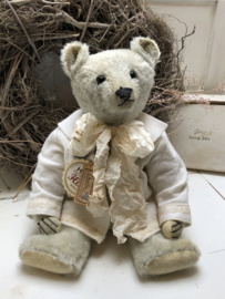 """🌸 Hug Me Again Collectible bear """"Charlie"""" standing about 15"""" inch tall."""