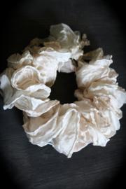 Decorative silk ruff.