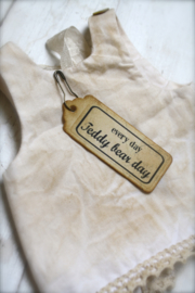 Vintage Inspired Decoration Hang Tags, Set of 9 with pins