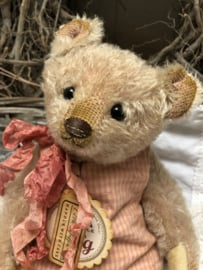 """🌸  Hug Me Again Collectible bear """"Little Muffin"""" standing about 10"""" inch tall."""