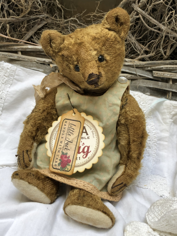 """🌸Hug Me Again Collectible bear """"Little Jack"""" standing about 8.25"""" inch tall."""