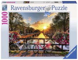Ravensburger - Fietsen in Amsterdam - 1000 stukjes