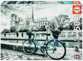 Educa - Fietsen bij de Notre Dame - 500 stukjes