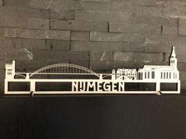 Skyline Nijmegen hout wit , 40cm