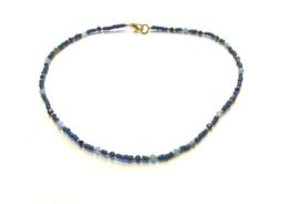 Ketting blauw/goud met swarovski en edelsteentjes