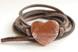 Armband leren veter met rosé goud hart