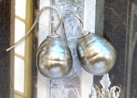 Vermeer parel oorbellen grijs/zilver