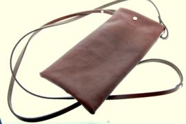 Telefoontasje cognacbruin kalfsleer