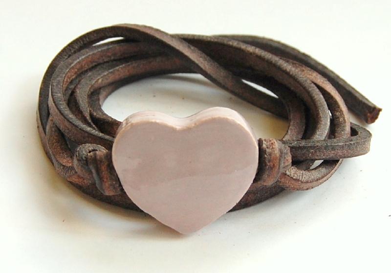 Armband leren veter met lila hart