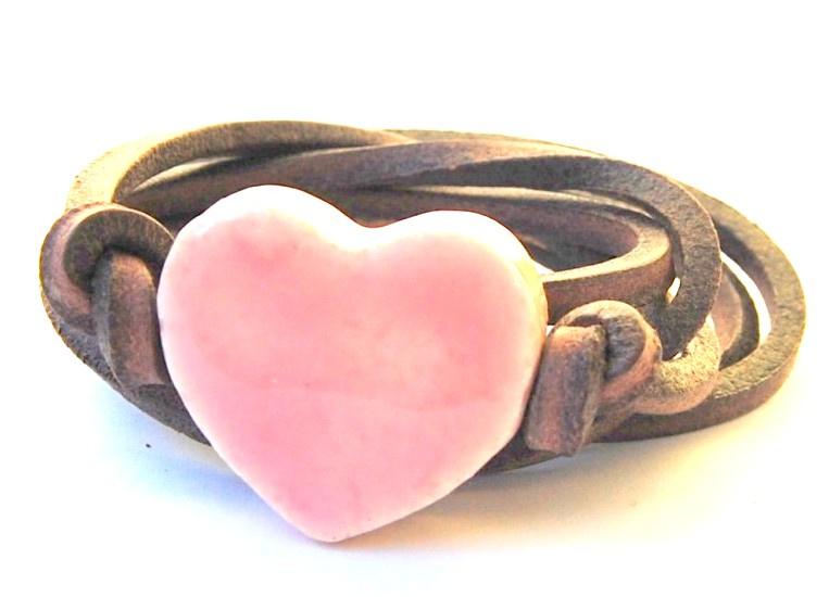 Armband leren veter met roze hart