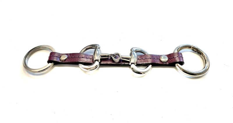 Sleutelhanger paardenbit plum