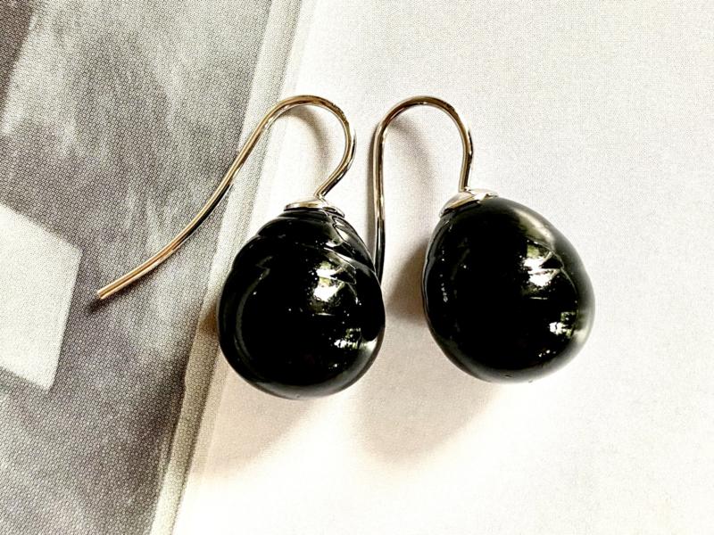 Vermeer parel oorbellen zwart/zilver
