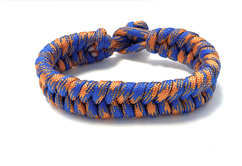 Armband gevlochten paracord blauw/oranje