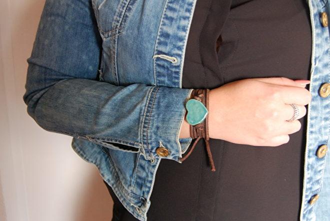 armband leer met keramiek hart