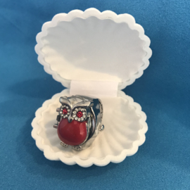 Ring uil rood