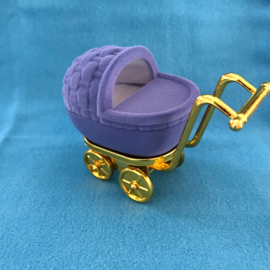 Kindedwagen gift box
