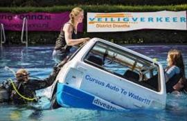Auto Te Water Cursus 2, Help!