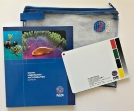 PADI 70092 Digital U/W Photographer Specialty Manual - Digital U/W Photographer - inc White Balance slate