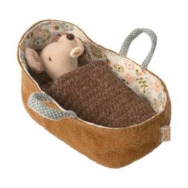 Maileg : Babymuis in Draagmand  - 16-9713-00