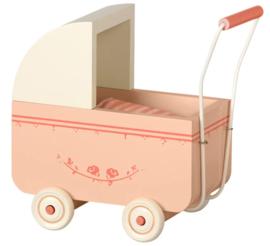 Maileg : Zacht Perzikkleurige houten wandelwagen - 11-8002-00
