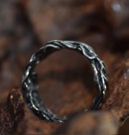 Zilveren vlechtwerk ring