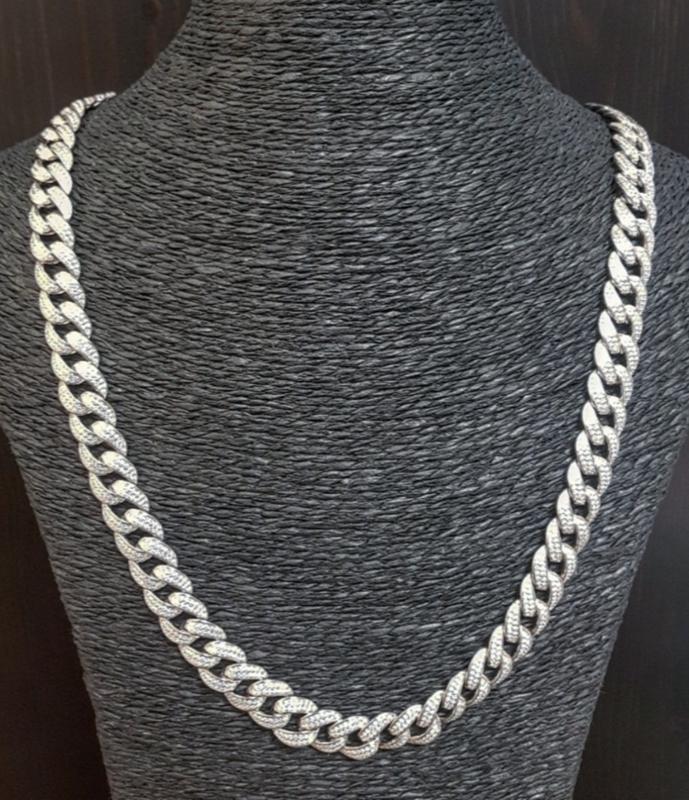Fat chain met zirkonias