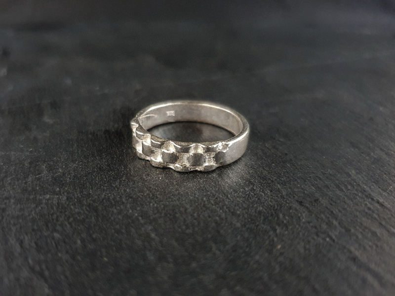 Roley Ring halve band