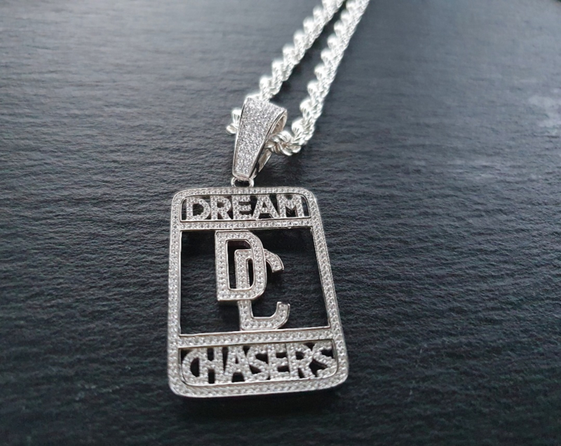 Dream Chasers zirkonia