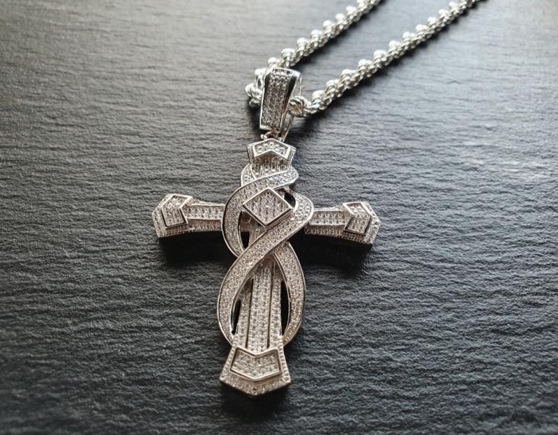 Zirkonia kruis