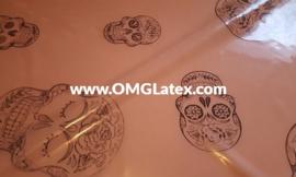 OMG! Latex with skulls!