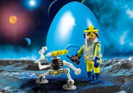 Playmobil 9416 - Ruimte agent met robot in blauw Paasei