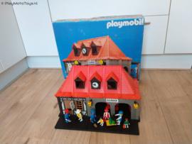 Playmobil 4300 - Main Station (V1, gebruikt)