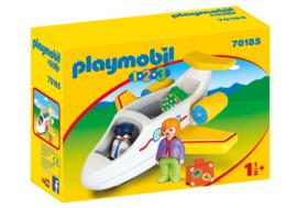 1.2.3. Playmobil 70185 - Vliegtuig