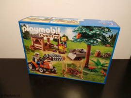 Playmobil 6814 - Lumber Yard with Tractor