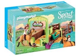 Playmobil 9478 - Lucky en Spirit met paardenbox